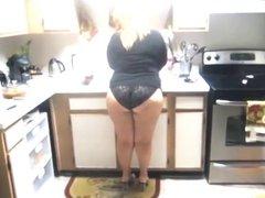 Fat ass mature wife