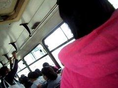ENCOXCANDO MANO BUS DOS TEENS BUS 3