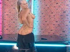 Amanda Rendall being a dirty girl #2