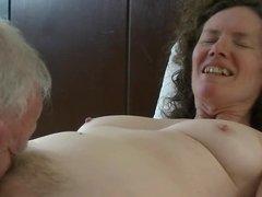 Linda gets a tonguing