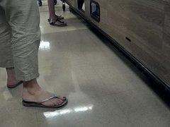 Nice feet in flip flops