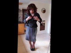 Grey shimmering pleated skirt