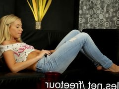 Full body orgasm for blonde hottie Kiara Lord