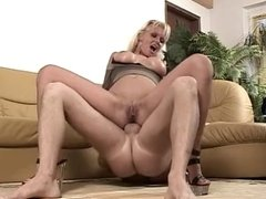 hot blonde likes it in the ass