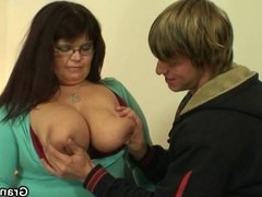 He picks up and bangs her old fat pussy