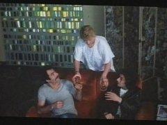 Une Epouse a tout faire 1980 (Threesome scene) MFM