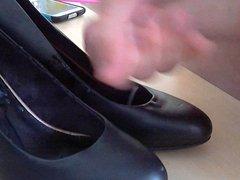 cum on girlfriends shoes