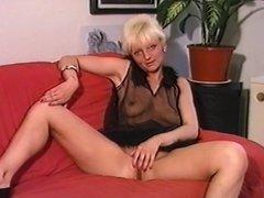 Veil Boobs Frau - Jerk Off Encouragement - JOE