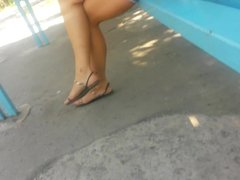 Candid Sexy Feet & Legs in sandals at Bus stop No Face