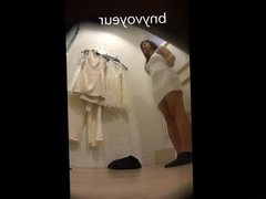 Dressing Room Asian Teen 2 Chinita en Vestidores