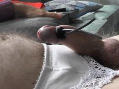 Cumming Hands Free with Electro Stim