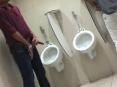 caught 2 guys on the toilet