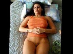 desi NRI girl nude show