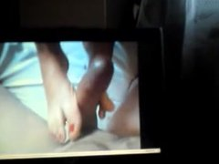 Teen male cums to foot porn