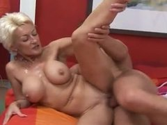 granny knows how to stiffen a young cock