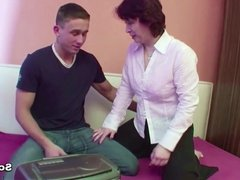 Step-Mom Seduce 18yr old german Step-Son to Fuck Her