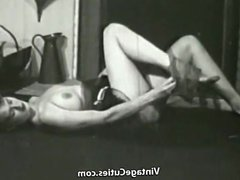 Sexy Topless Mature Babe Smoking (1950s Vintage)