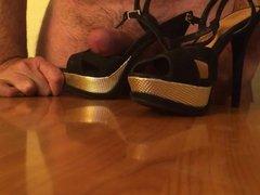 fuck and cum in heels