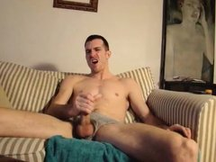 Str8 guy stroke horny on couch