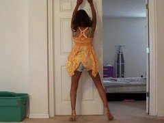 Ebony pyt dancing
