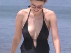 must see jiggly beach tits 63, nipples included