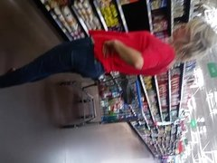 young MILF, tight jeans, face, shopping