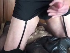 Cumming on her boots