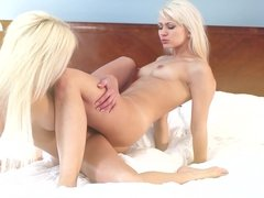 Two blonde babes - Tracy and Lena blonde pussy licking