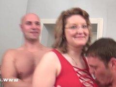 Julie Cats son casting en plan gang bang