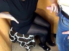 (60FPS) HANDJOB AND CUM SHOT ON SEXY LEGS IN PANTYHOSE/ NYLON - SANYANY