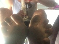 Smoking and Feet