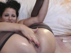 Popping balls out of anus and pussy