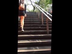 falda pendeja flaite en el metro