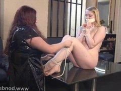 Blonde fetish babe Satine Sparks lesbian bondage and lezdom