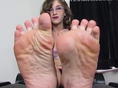 OWNED by filthy feet