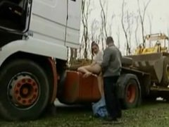 Outdoor sex with a trucker !!!