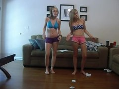 Two sexy teens in cam