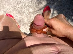 Outdoor Cumshot in sexy shoes 004