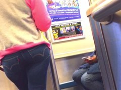 PHAT ASS ON THE TRAIN!!!