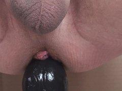 Grand dildo + piercing 04