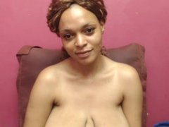 Light skinned ebony babe with big tits webcam