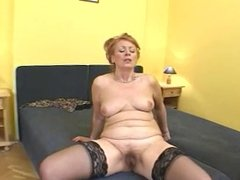 MATURE HAIRY HOT GRANNY GETS BBC PUSSY CREAMPIE