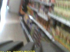 Geile Sau heimlich im Supermarkt gefilmt
