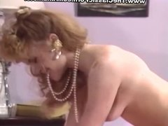Lesbian pleasure for retro ladies