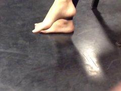 Candid teen feet, no shoes