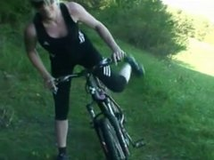 Woman cyclist got fucked hard in forest -ggrad