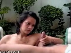 Hot Asian babe tug and tittie fuck!