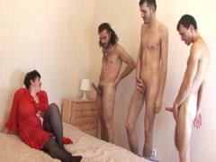 German mom with 4 men