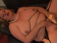 This big horny grannie knows how to please herself