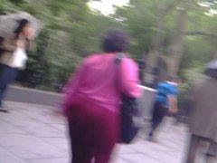 BIG BOOTY OLDER SPANISH WOMAN